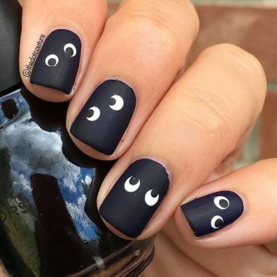 easy spooky eyes nail art Halloween