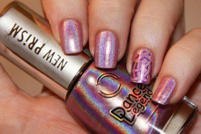 Single pattern nails