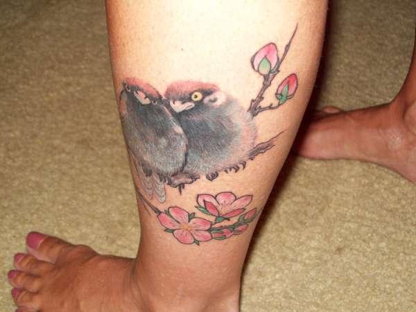 love birds tattoo on leg