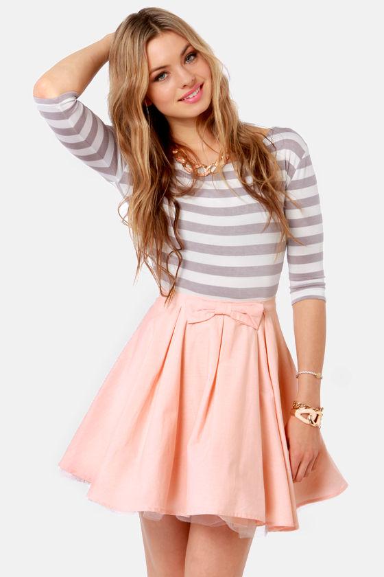 peach mini skirt