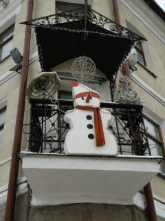 christmas snowman decorated balcony