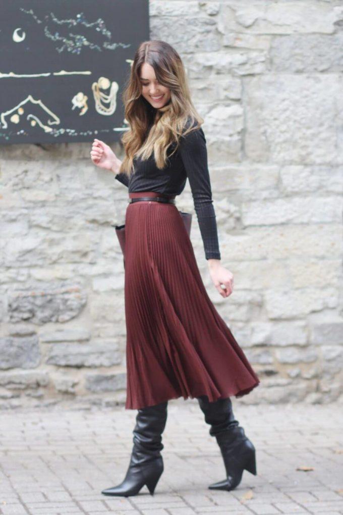 pleated skirt christmas outfit ideas