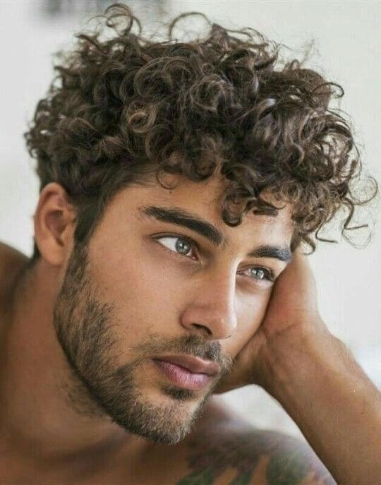 beautiful men curly hair style for 2020