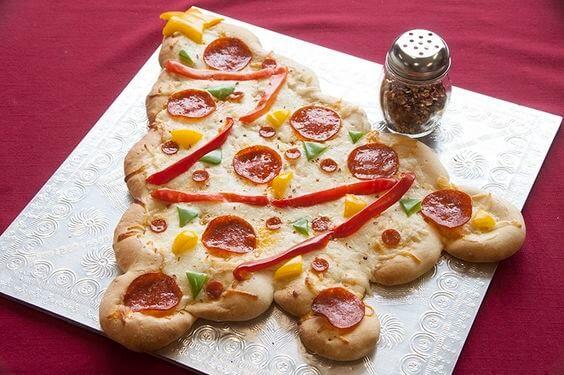 christmas tree pizza for dinner