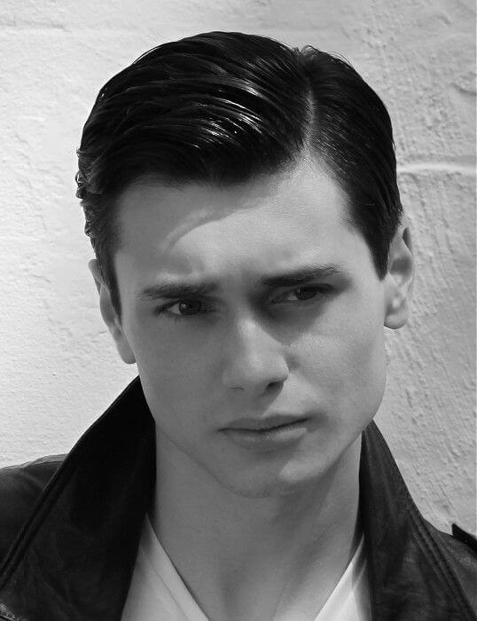 side swept hair style 2020 for classic men looks