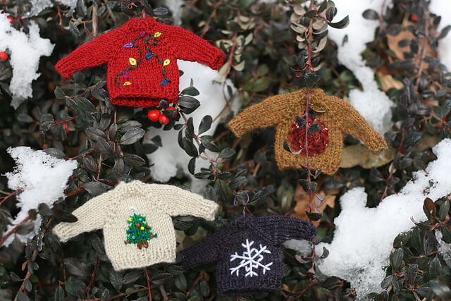 tiny christmas sweater decoration ideas